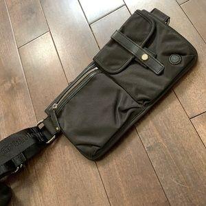 Lululemon dog walker belt bag Htf rare black